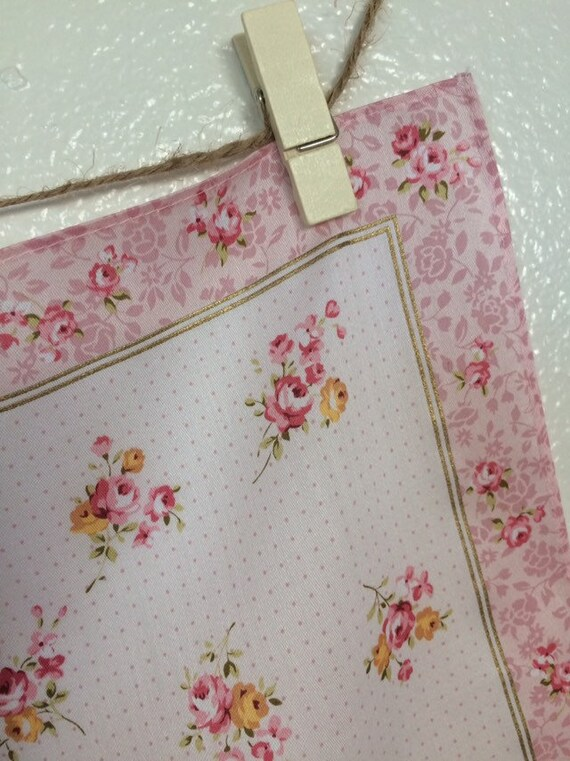 Hankie with Mauve Toile Roses