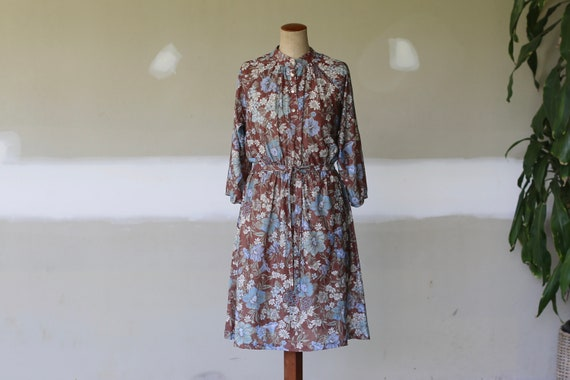 Vintage Floral Tea Dress l Boho Hippie Festival Dr