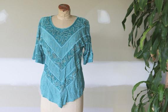 Vintage Boho Velvet Embroidered Blouse