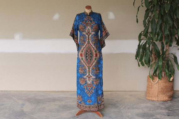 Vintage Batik Tribal Kaftan Boho Maxi Dress l Hipp