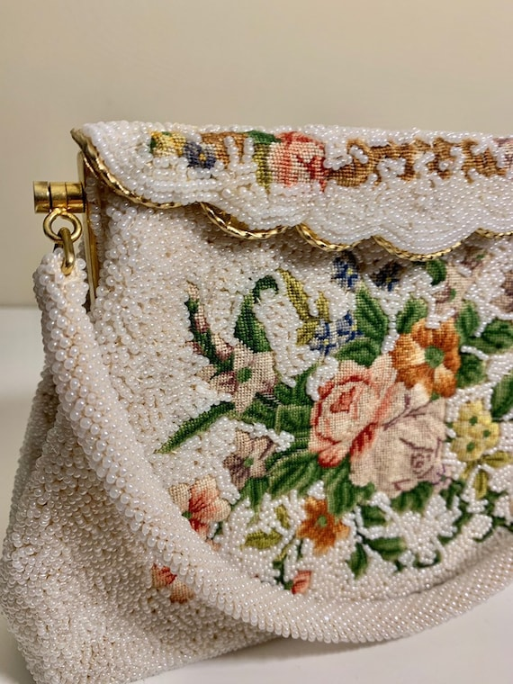 Vintage 1930's Beaded and Embroidered Handbag / P… - image 2