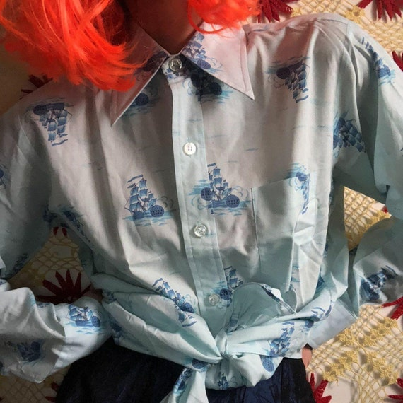 true vintage 70s long sleeve baby blue 70s button