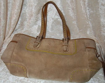 0b6506e0a80 Vintage Coach No. G04Q-1430 Buckskin Suede Leather Purse With Light Green  Lining