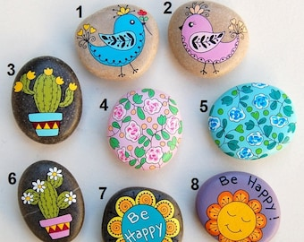 Hand-painted pebble - Refrigerator magnet - Magnet