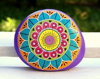 Hand-painted pebble - Gratitude pebble - Mandala purple background