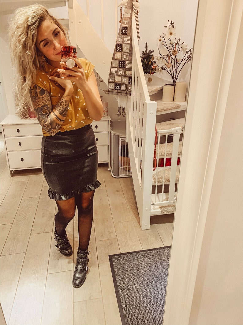 MIMI 2.0 with Ruffled Jersey Leather Woman Buying Stretchable Skirt