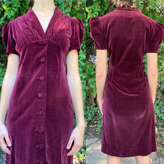 1940s Burgundy Puffed Sleeve Velveteen Dress [sm/m