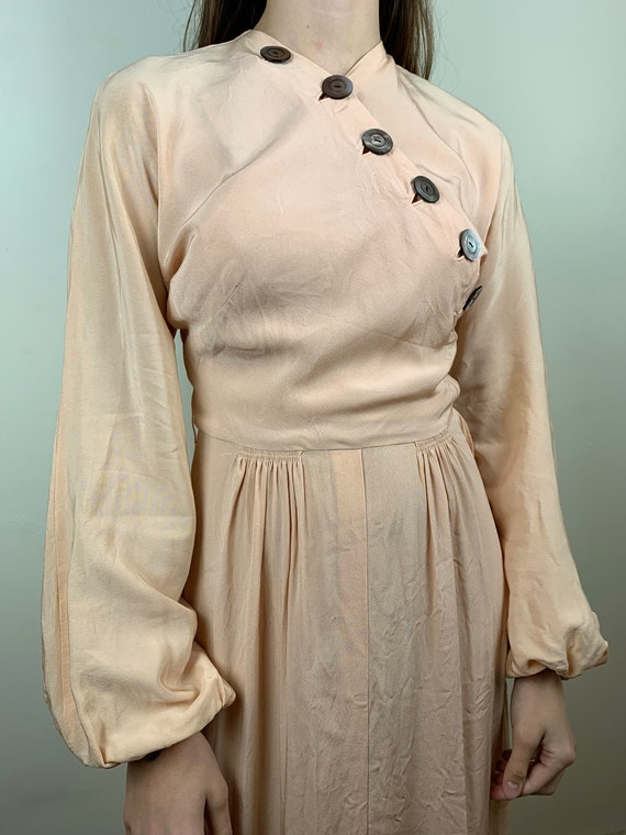 1930s Blush Rayon Crepe Bishop Sleeve Gown [xs/sm] - image 8