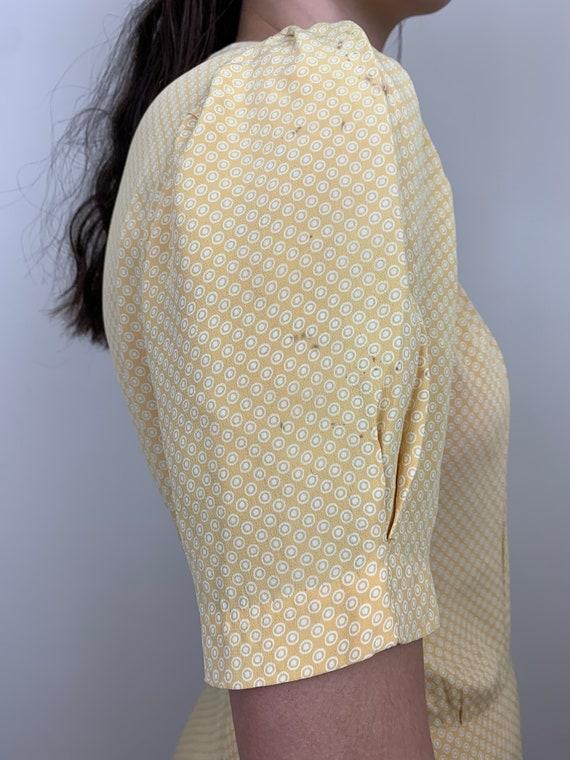1930s Yellow Cold Rayon Puffed Sleeve Dress [sm/m… - image 7