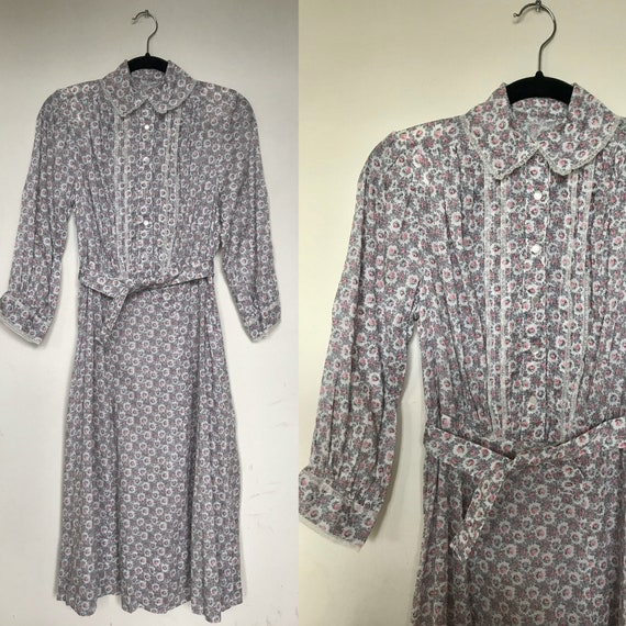 1930s cotton feedsack dress with puffed sleeves