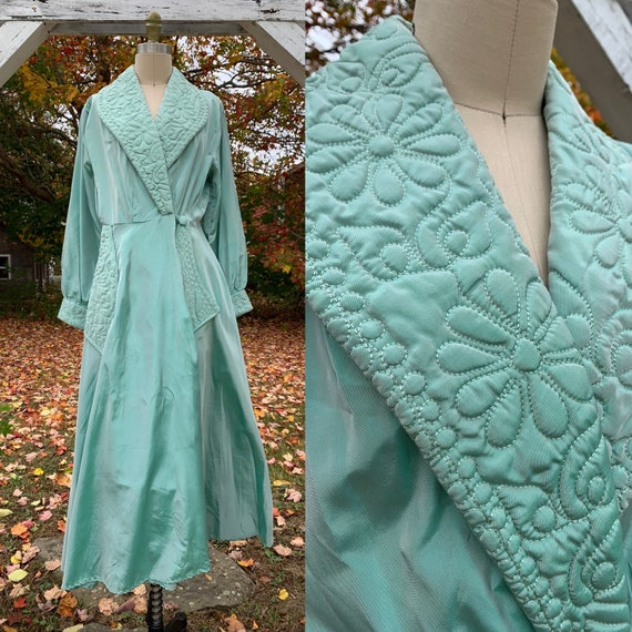 1940s Iridescent Teal Rayon Quilted Robe Dressing