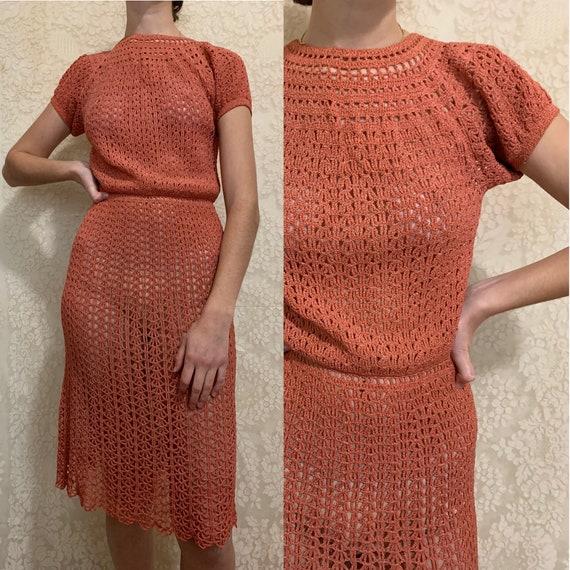 1930s Rayon Coral Crochet Puffed Sleeve Dress [xs/