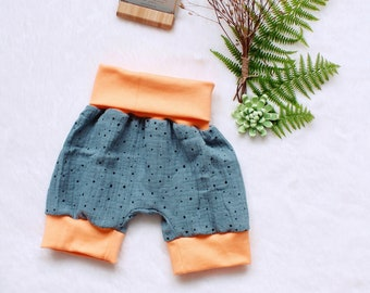 handmade muslin NEW green with bees short pants various sizes