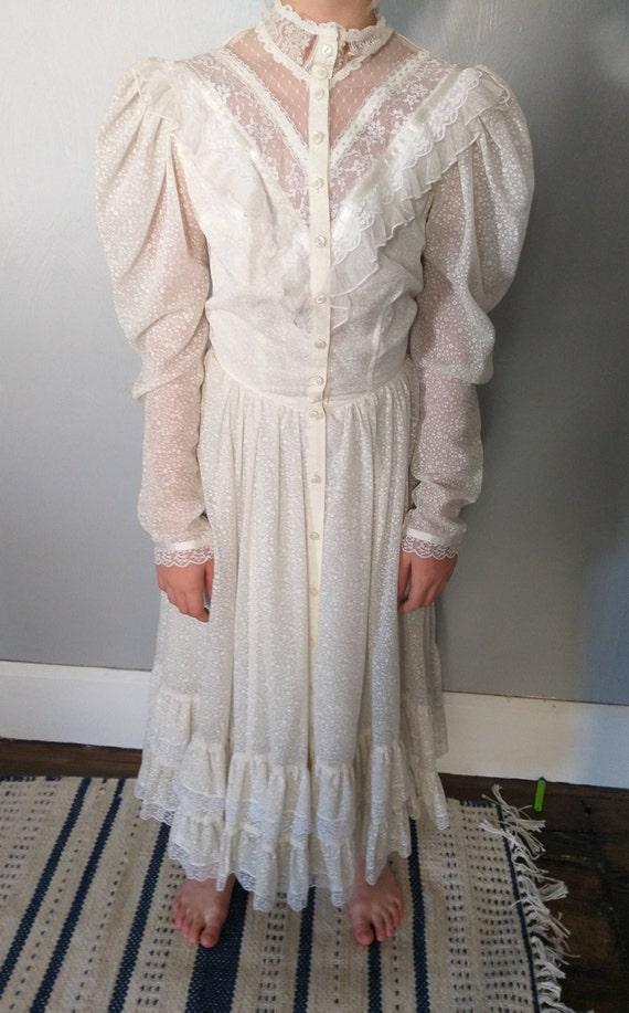 Gunne sax long sleeve praire dress