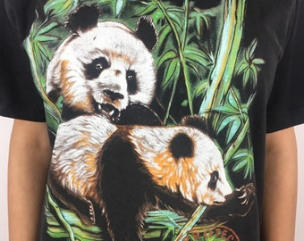 c89d0445 Vintage Panda T-shirt size L// Vintage Animal T-shirts// Panda Graphic T- shirt// Retro Style// Hipster // Animal Prints // Panda