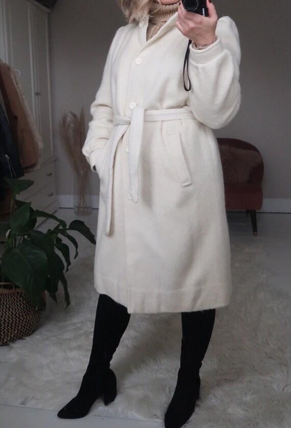 Vintage ivory wool blend belted long coat - image 3