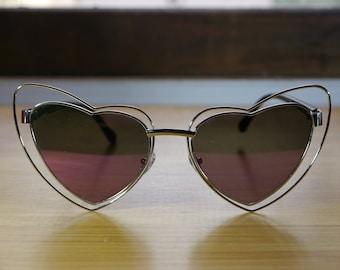 ae49a2d5e4 Retro Heart Shaped Sunglasses Gold Frames Pink Mirror Lenses UV 400