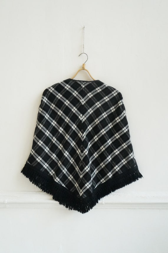 Vintage 90s Cape Womens Plaid Cape Short Cape Cap… - image 4
