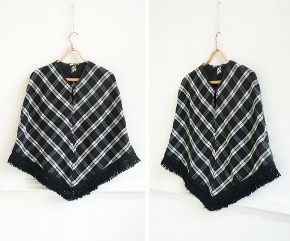 Vintage 90s Cape Womens Plaid Cape Short Cape Cap… - image 1