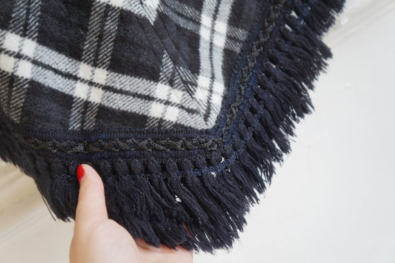 Vintage 90s Cape Womens Plaid Cape Short Cape Cap… - image 8