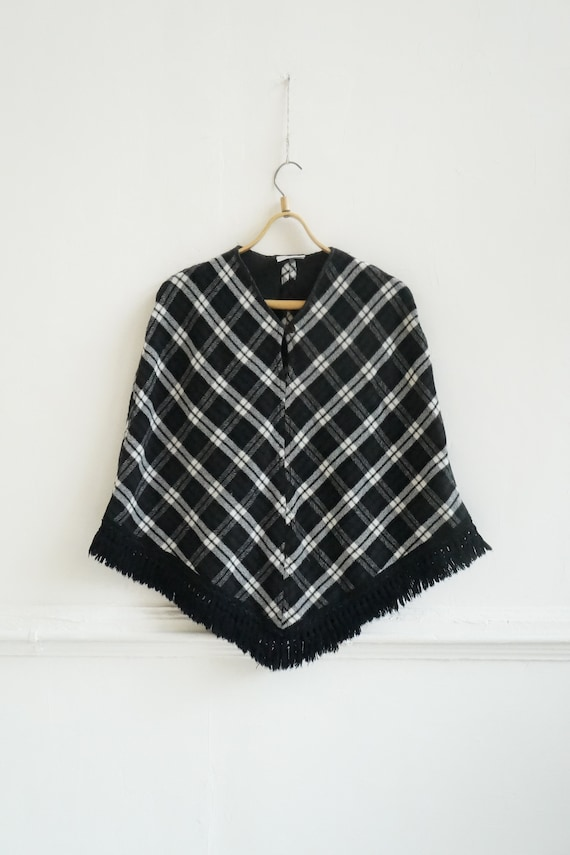 Vintage 90s Cape Womens Plaid Cape Short Cape Cap… - image 2