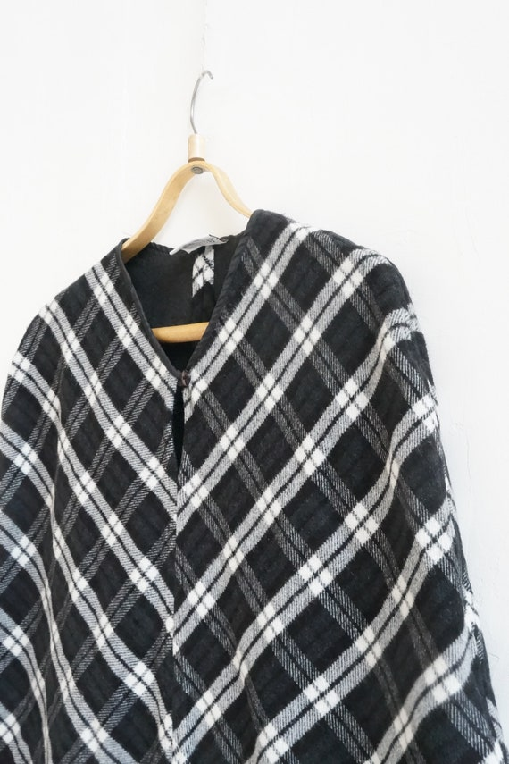 Vintage 90s Cape Womens Plaid Cape Short Cape Cap… - image 5