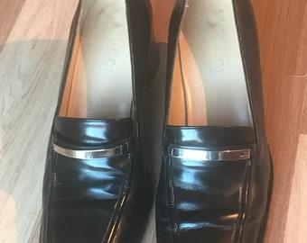 4d37439c1fd Vintage GUCCI Women s Heeled Loafer Shoes Sz EU 38.5C UK 5.5