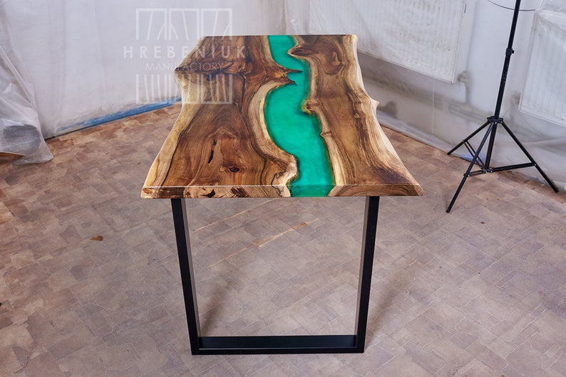 Kitchen Countertops Made of Epoxy Resin