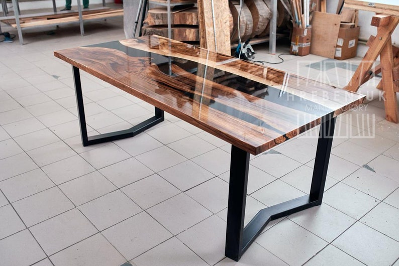 Epoxy Resin Kitchen Table Top for 6 – 8 Person