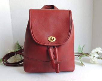 ee7ded80be704 Vintage Coach Small Red Daypack Backpack