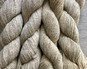 Light Gray Icelandic Wool Yarn 2 ply