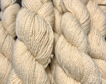 White Romney Wool Yarn