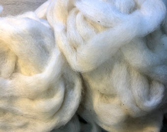 White Icelandic Wool Roving Sold by the Ounce