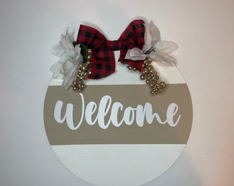 Holiday Round Welcome Sign | Welcome sign for the Holidays