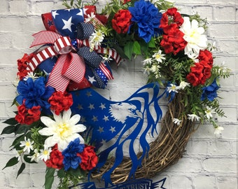 Patriotic Front Door, Memorial Day Wreath, July 4th Theme, Patriotic Wall Décor, Red White and Blue, Summer Door Wreath, Veterans Day Wreath