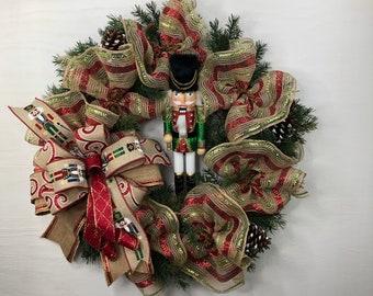 Nutcracker Christmas Door Hanger, Holiday Nutcracker Décor, Rustic Winter Wreath, Back Porch Christmas Nutcracker Wreath, Soldier Wreath