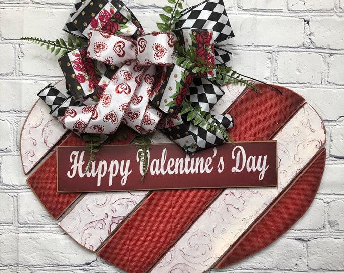 Happy Valentine's Day Wooden Heart Decor, Valentine Farmhouse Wreath, Valentine Door Décor, Heart Door Décor, Happy Valentine Day Front Door