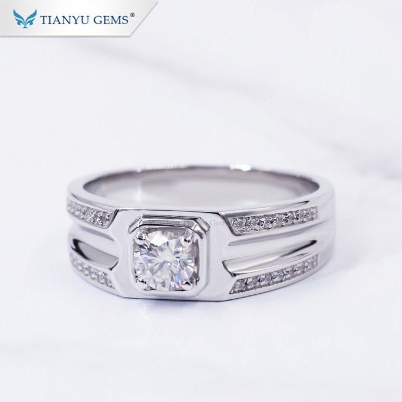 Tianyu gems jewellery wholesale wide band 925 silver gold plated luxury  0 5/1 0 carat moissanite diamond men rings