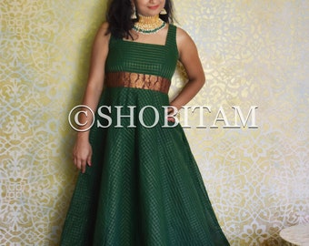 MADE to ORDER : Sungudi Gown - green gown with contrast border and zari work | Indian dress | Shobitam Gown