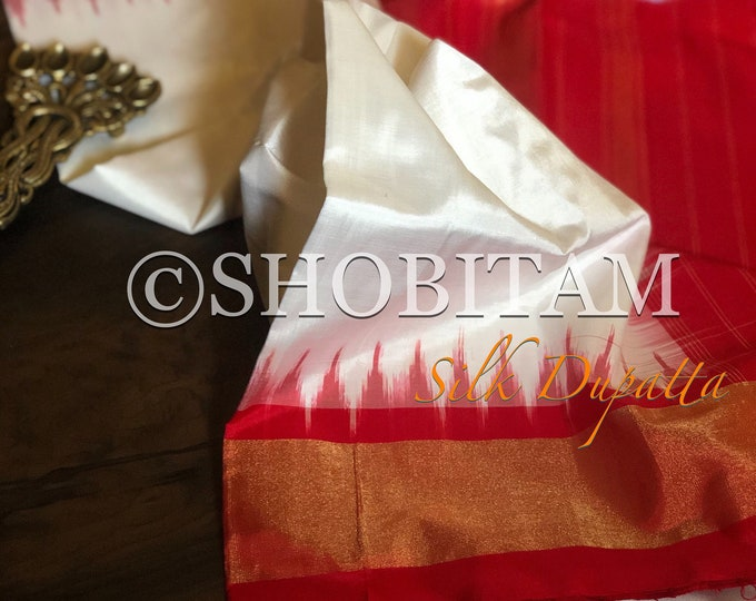Stunning Pure Silk Dupatta with temple and zari border and designer tassels| SILK MARK CERTIFIED Dupatta | Shobitam