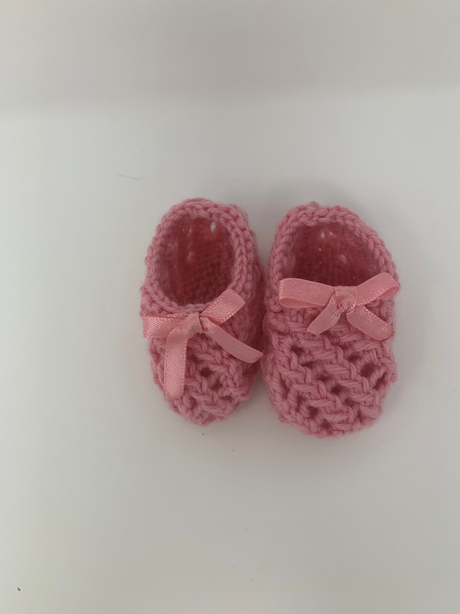 knitted baby ballet shoes : lucy