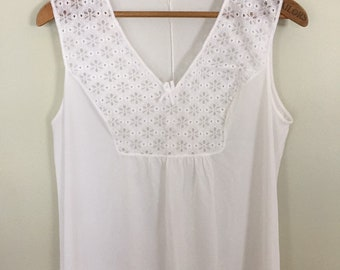 bb00a03933 Vintage Nightgown