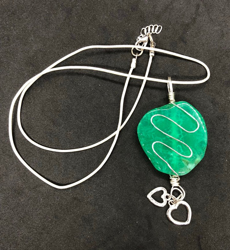 Hand Wired Natural Green Agate Pendant and Necklace