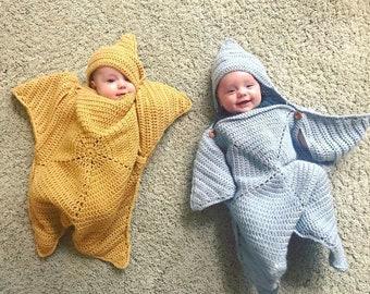 20c629b39 Crochet baby bunting | Etsy