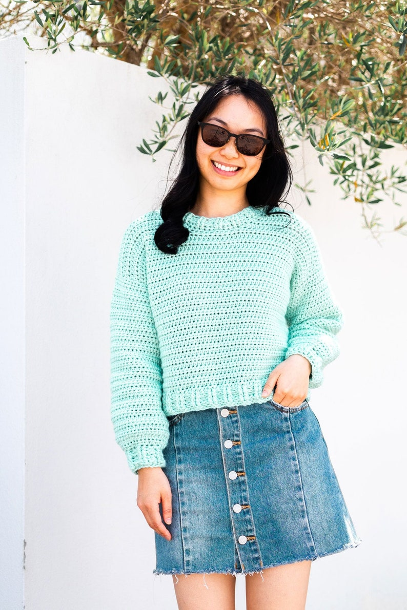 Crochet Easy Cropped Sweater Beginner Pullover Simple Jumper image 0