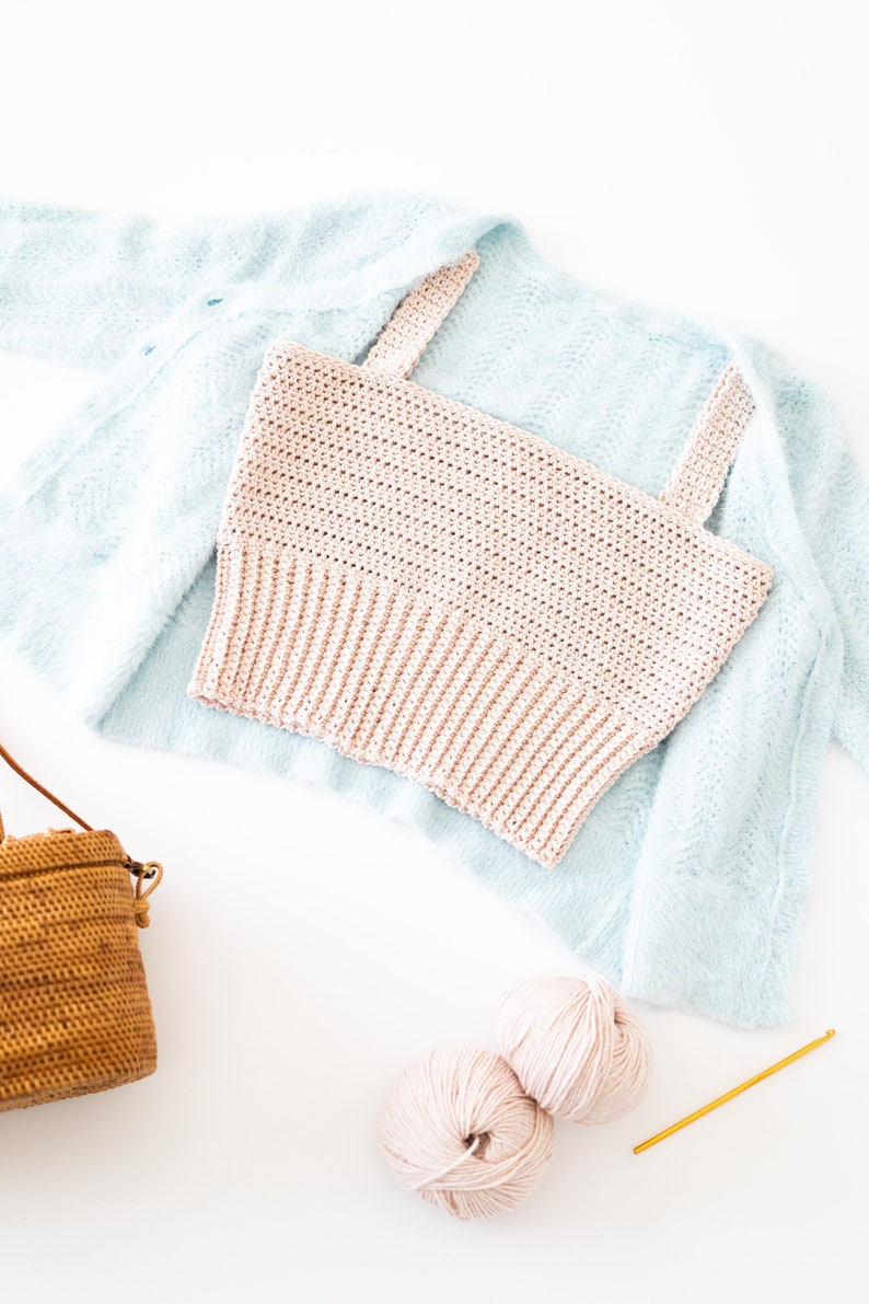 Crochet Square Neck Crop Top // Easy Summer Tank Top // Modern image 0