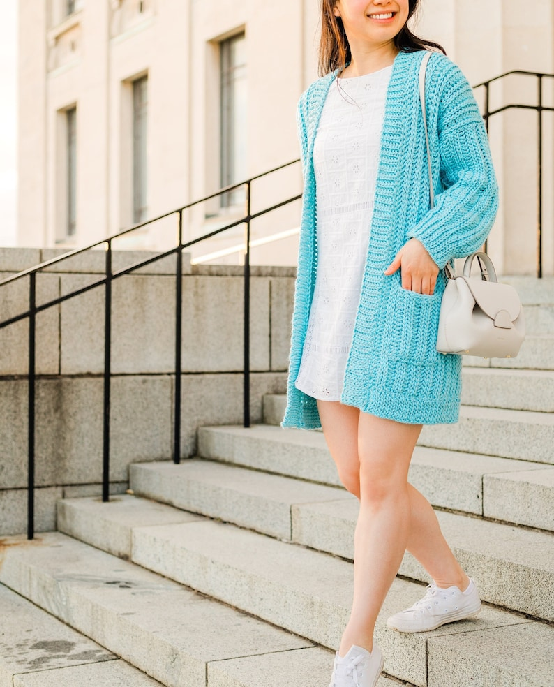 Crochet Oversized Ribbed Cardigan with Pockets // Simple image 0