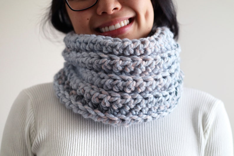 Crochet Snood Cowl Scarf Easy Beginner Video Tutorial Crochet image 0