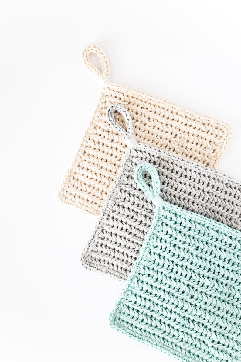 Crochet Chevron Pot Holders // Herringbone Hot Pad // Modern image 0
