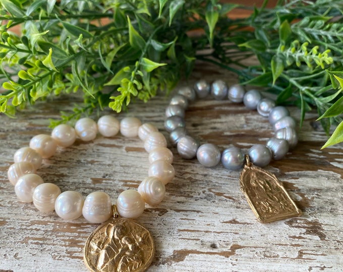 Crown of Grace | Elastic Pearl Bracelet | Gold Bronze Religious Medal